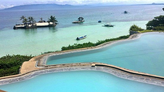 Mithi Resort and Spa: Infinity pool overlooking the dream islet
