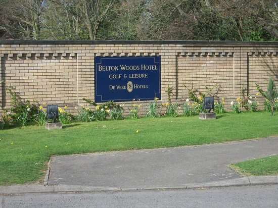 Belton Woods Hotel Entrance