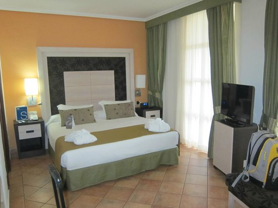 H10 Rubicon Palace: letto