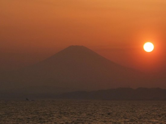 Enoshima Island : Sunset and Mount Fuji