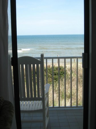 Surf Side Hotel : View of ocean from first floor oceanfront room