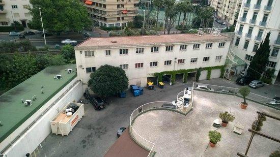Grand Hyatt Cannes Hôtel Martinez : Dumpsters, employee housing, train in back