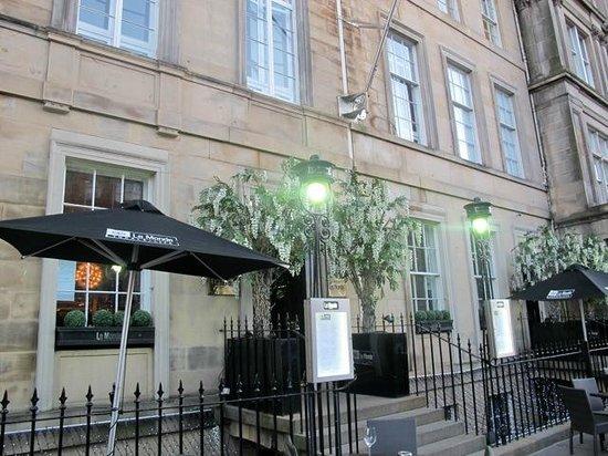 Le Monde Hotel Edinburgh : Hotel exterior