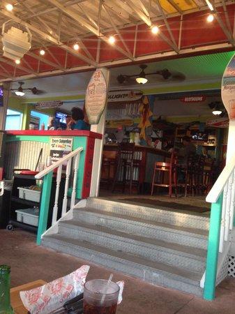 Crabby's Beachwalk Bar & Grill : Entrance
