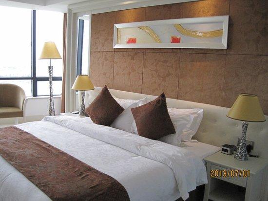 Brilliant Hotel: 室内