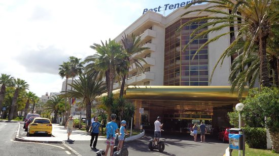Best Tenerife: Front of Hotel