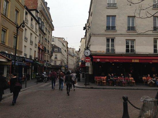Hotel Garance: Rue Mouffetard