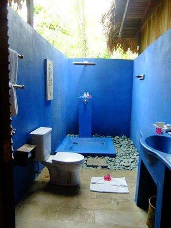 Siladen Resort & Spa: 風呂場