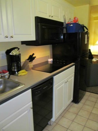 Ocean Key Resort: Kitchen area