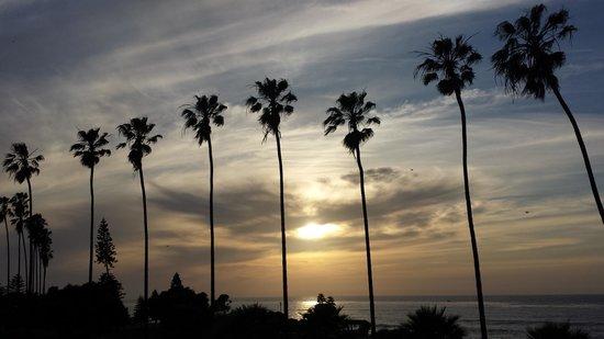 La Jolla Cove Suites: your sunset view