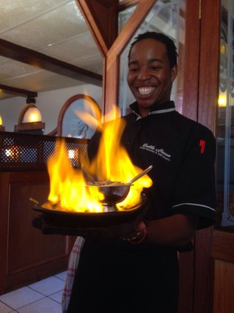 The Cattle Baron Grill House: Showmanship