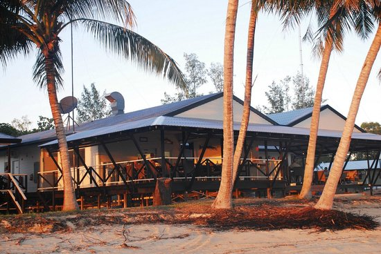 Bathurst Island Lodge: bathurst lodge in the morning