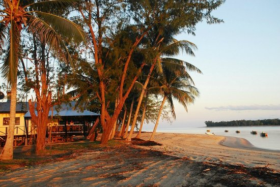 Bathurst Island Lodge: More like a resort than a fishing lodge!!