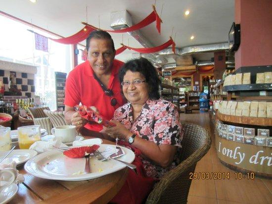 Seminyak Square Hotel: Happy B'day to Ruth