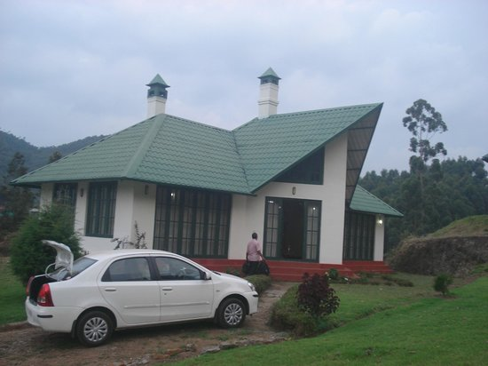Camp Noel: cottage