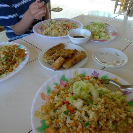 Footprint Vietnam Travel Day Tours: Lunch between trekking. $4 meal for 3