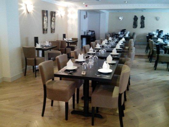 Thai Cassia Bar & Restaurant: Main restaurant1