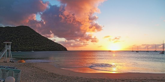 St. Lucian by Rex Resorts: View from the beach