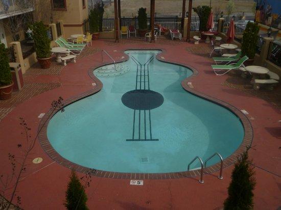Days Inn Memphis at Graceland : Pool area