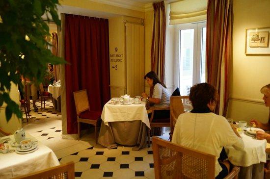 Hotel Relais Bosquet Paris: Dining area