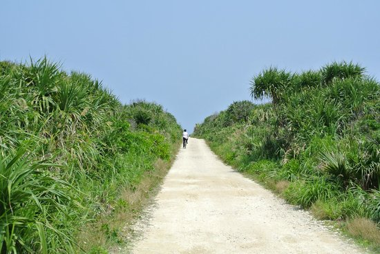 Kudakajima Island: cycling