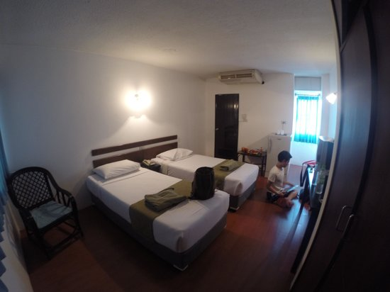Tawan Court: room for two
