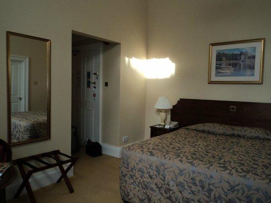 Oatlands Park Hotel: Classic Double