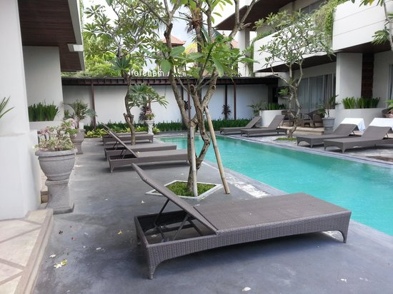 Sunset Mansion Seminyak : pool view from our room
