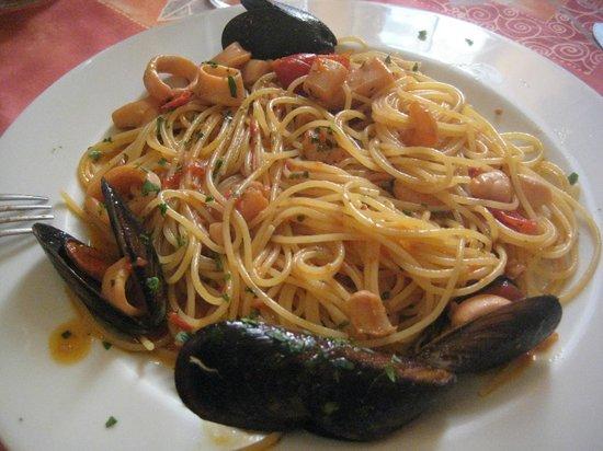 La Rustica: Spaghetti allo scoglio