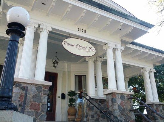 Canal Street Inn: Entrance