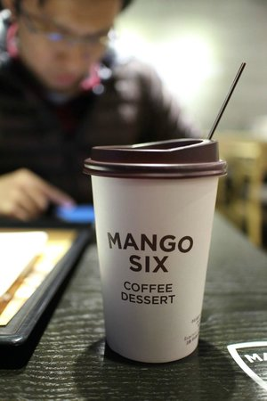Suitcasers: Mango Six (less than 1min walk from Suitcaser)