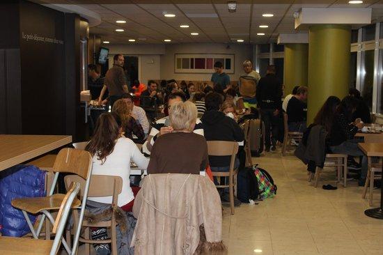 B&B Hotel Paris Malakoff Parc des Expositions : Comedor