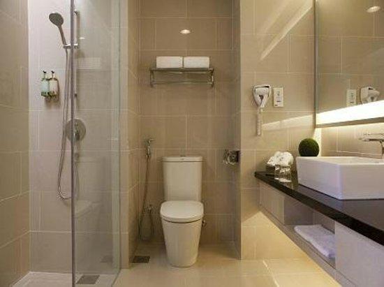 Vistana Kuantan City Centre: the bathroom