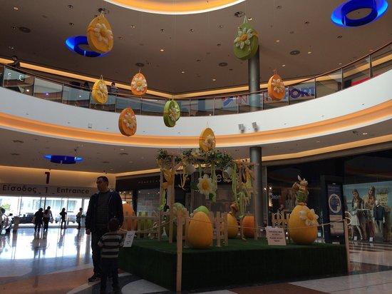 The Mall Of Cyprus: Украшение в Пасху