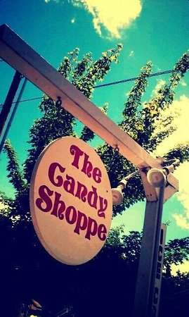 The Candy Shoppe : Love