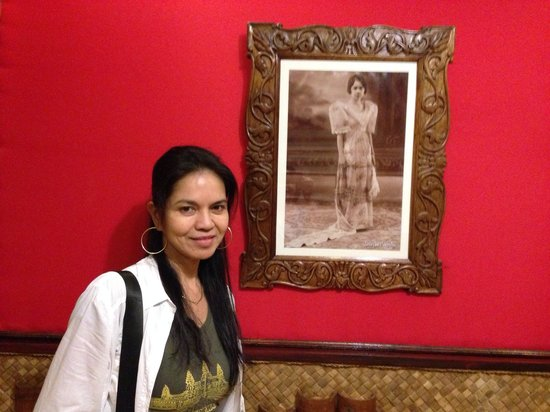 Bahay Ni Tuding Inn : Tuding, the woman who owned the hotel. Now the heirs run the hometel.