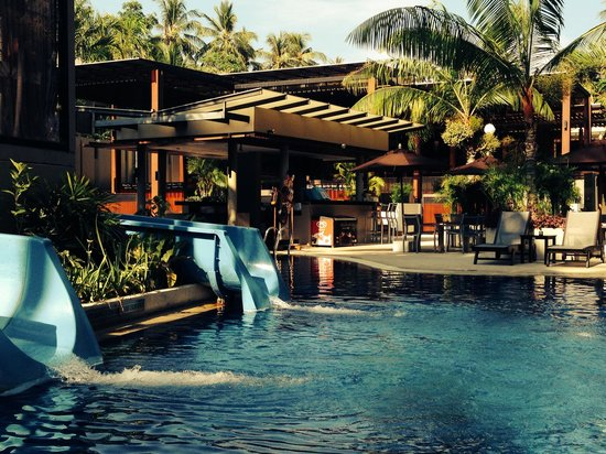 Novotel Phuket Surin Beach Resort.: Great pool and water slides
