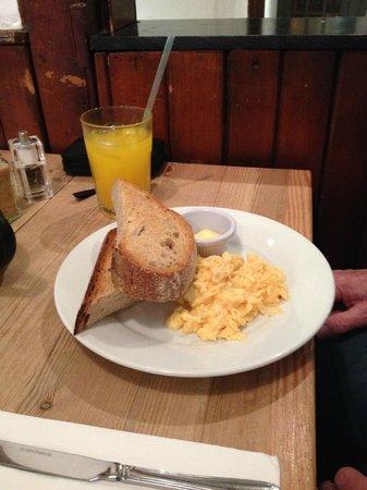 Urban Angel: scrambled egg on toast