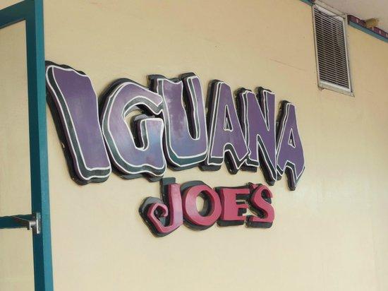 Iguana Joe's Caribbean Bar & Grill: Iguana Joes