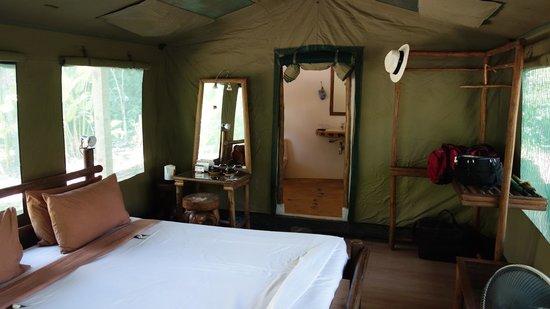 Elephant Hills Tented Camp : Innenbereich Zelt