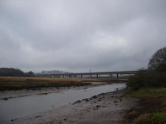 Passage House Inn : View up the River Teign towards the bridge