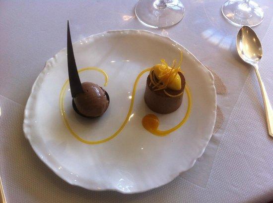 Gidleigh Park Restaurant : chocolate dessert