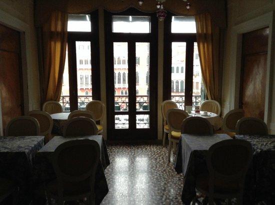 Locanda Ovidius : Sala de café