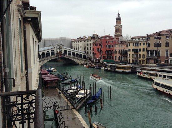 Locanda Ovidius: Increíble vista para o Rialto desde a sala