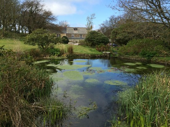 The Old Rectory Hotel: Looking back down at the hotel from the Trout pond