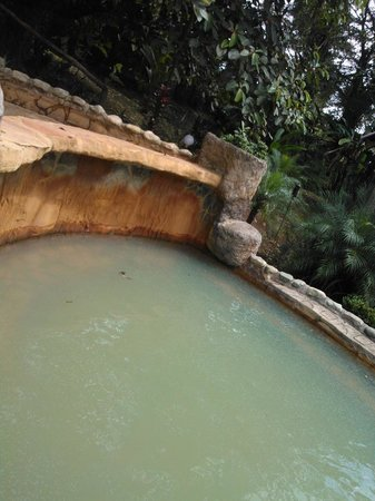 Hotel Kokoro Arenal: termales