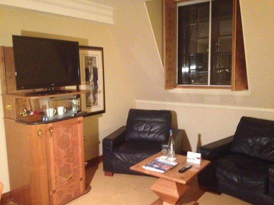 Radisson Blu Hotel, Leeds: Room seating area