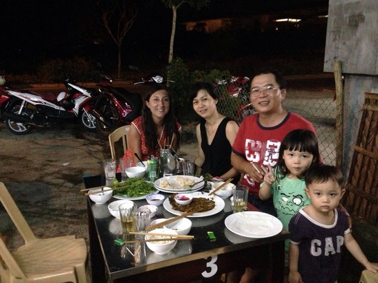 Ki No Homestay : On our last night we went for dinner it was one of the best nights we've had. This family is the
