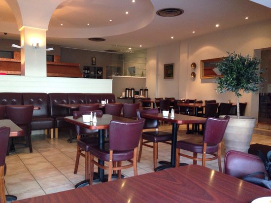 22 Hill Hotel: salle du petit déjeuner/ resto