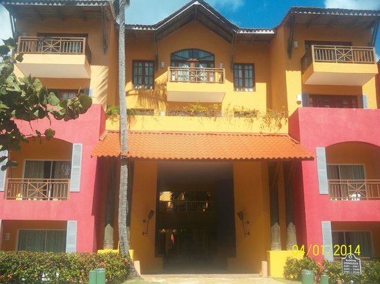 Caribe Club Princess Beach Resort & Spa: Building where my room was located